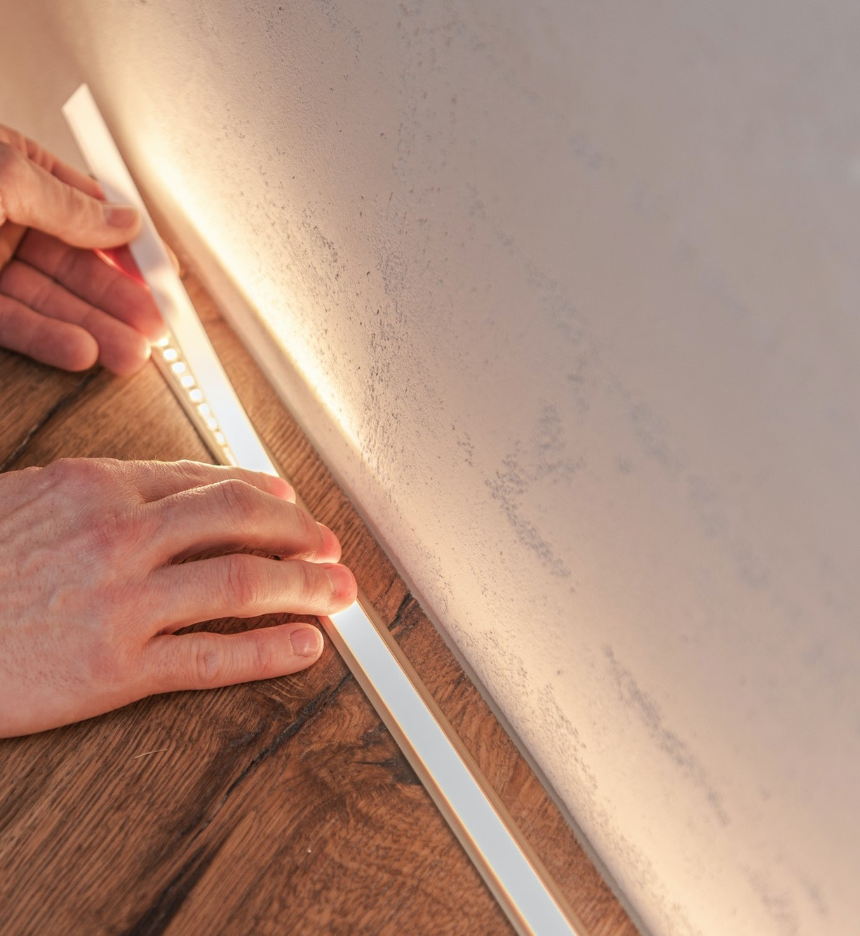 led-staircase-lighting-installation